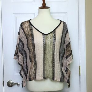 Romeo & Juliet Couture Unstructured V-Neck Sweater